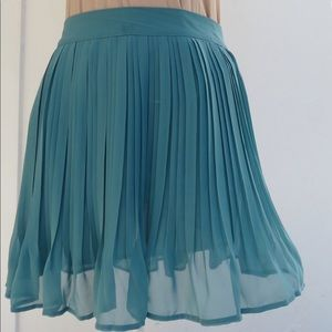 NWT Candies Pleated Skirt